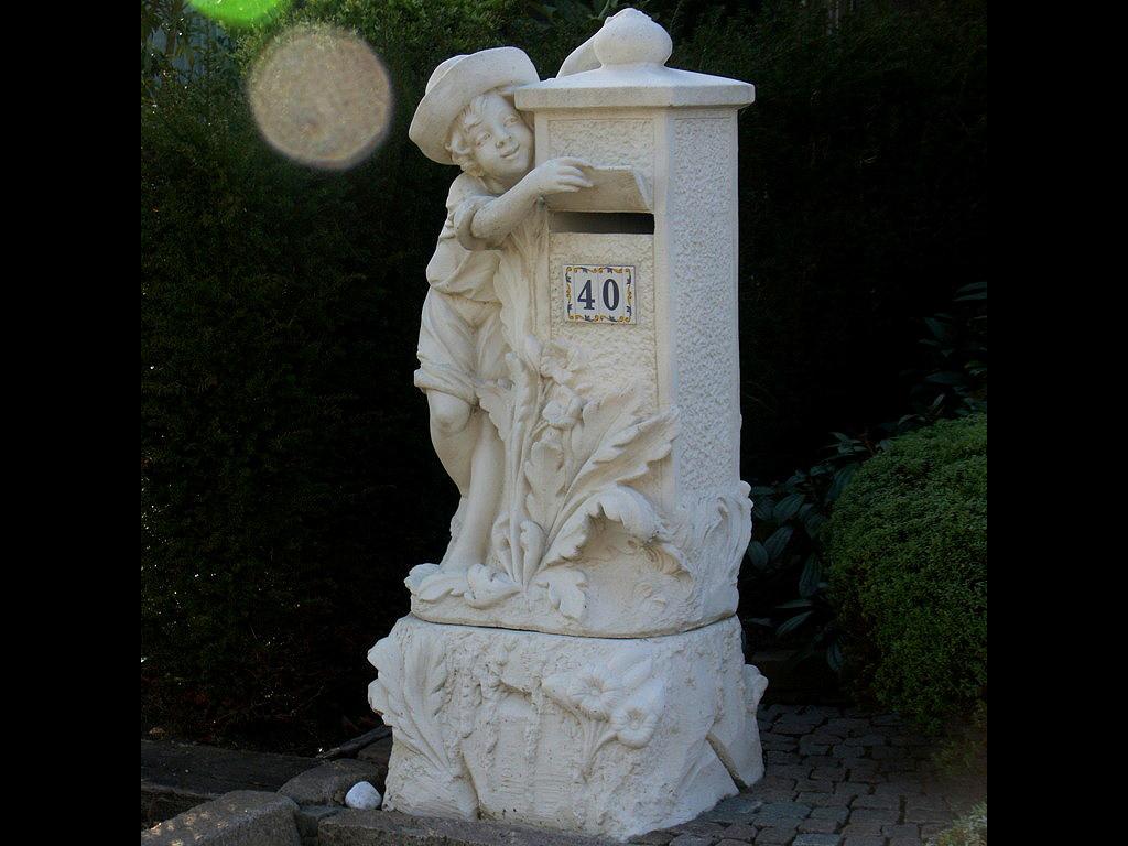 Reinhard Paulus / Briefkästen in Belgien - Kreativ vor der Tür!