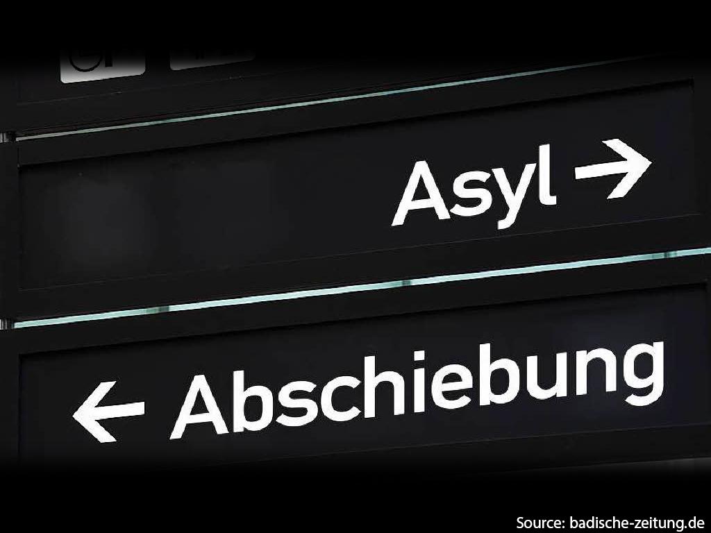 Yasser Almaamoun / Flüchtlinge, auf dem Weg zu uns.. euch!